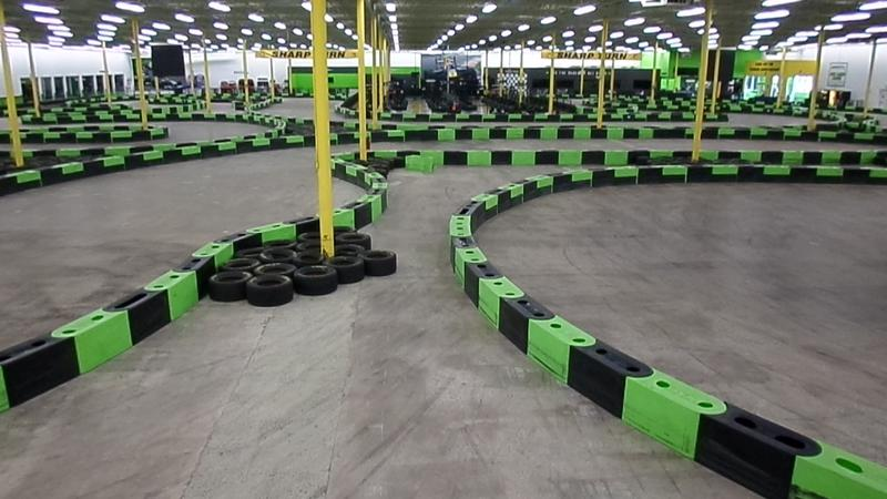 Indoor electric go kart race track, img2